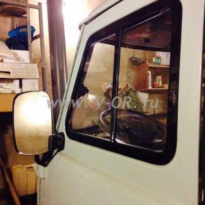 Раздвижное окно двери кабины УАЗ 452 Левое