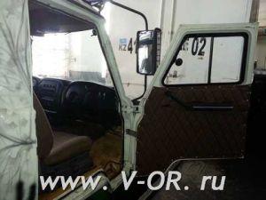 Раздвижное окно двери кабины УАЗ 452 Правое
